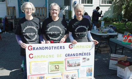 {Grandmothers to Grandmothers Campaign in Aylmer}